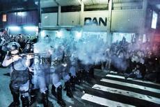 tropa_de_choque_dispara_contra_manifestantes_230