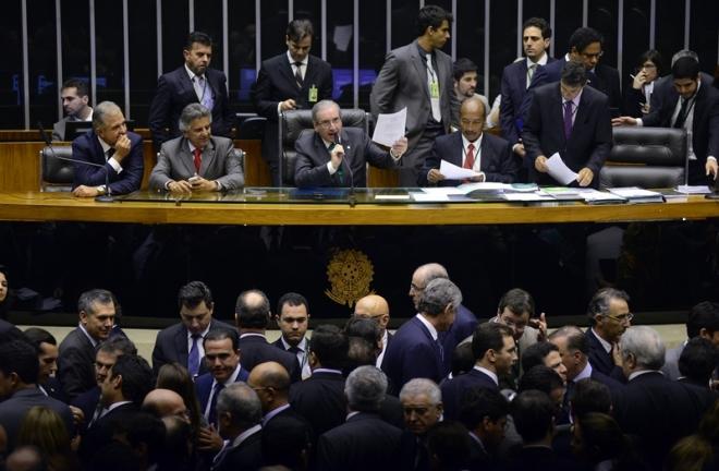 eduardo-cunha-reforma-politica-camara-dos-deputados_01