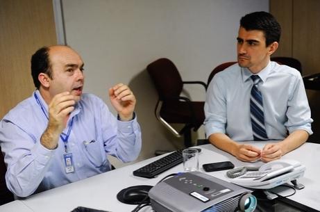 João Lima, um dos idealizadores do LexML, e Alessandro Albuquerque, diretor do Prodasen