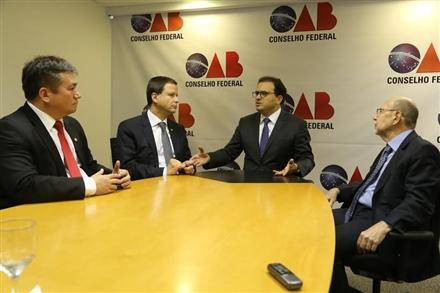 Diretores ressaltaram necessidade do advogado no inquérito (Foto: Eugenio Novaes/CFOAB)