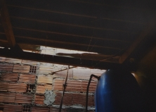 Após encontrar a arma utilizada no crime, o homem a escondeu em um telhado
