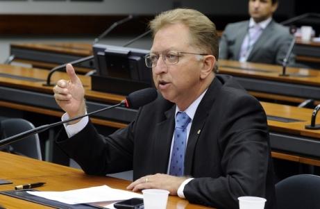 Deputado João Campos, relator da comissão especial, é contra a existência de dois juízes para cada processo